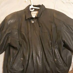 Cougar International leather jacket RN 68773